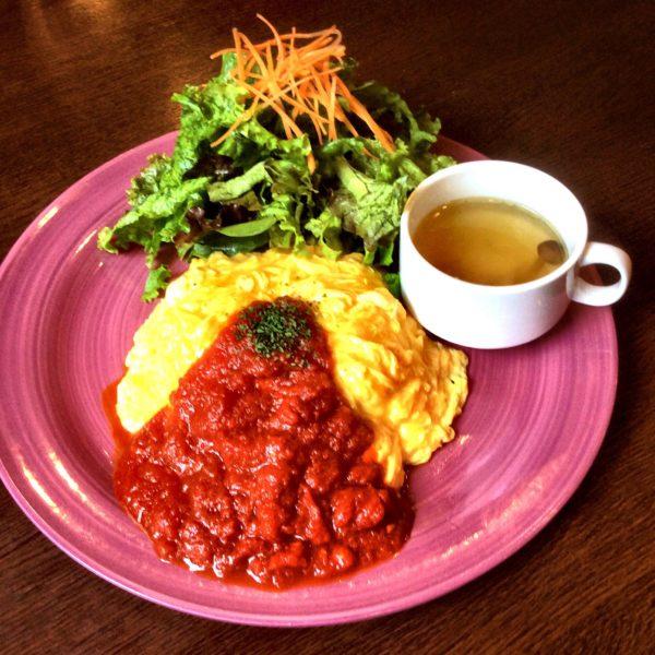 10月の¥500ランチ情報✨ 横浜 一軒家カフェ ロクカフェ