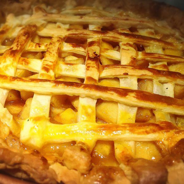 KARAKUSA diner 自家製アップルパイ