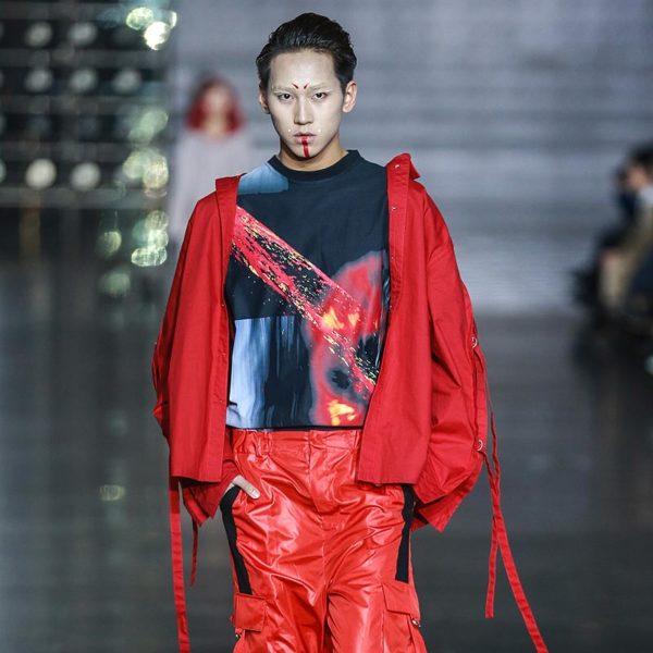 中国ハルビンファッションウィークにてPARADOXランウェイショーを行ないました
